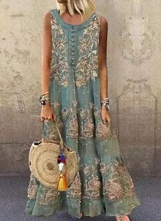 Women's Fashion Dresses, Boho Fashion, Vestido Casual, Shirt Bluse, Mode Inspiration, V Neck Dress, Latest Fashion For Women, Fashion Online, Boho Dress