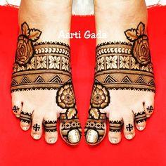 Baby Mehndi Design, Legs Mehndi Design, Mehndi Designs For Girls, Stylish Mehndi Designs, Dulhan Mehndi Designs, Mehndi Design Pictures, Mehndi Designs For Fingers, Mehndi Designs For Hands, Henna Tattoo Designs