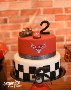 Cars Cake Ideas Mcqueen 24 Ideas For 2019 2nd Birthday Party Themes, Race Car Birthday, 3rd Birthday Cakes, Race Car Party, Cars Birthday Parties, Birthday Decorations, Disney Cars Party, Disney Cars Birthday, Disney Cars Cupcakes