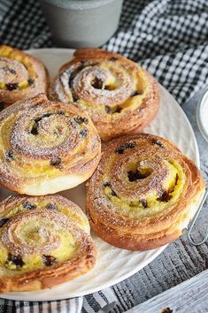 Bagel, Doughnut, Cake Recipes, Muffin, Goodies, Bread, Breakfast, Desserts, Food