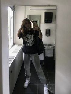 Fashion Tips Outfits .Fashion Tips Outfits Indie Outfits, Teen Fashion Outfits, Retro Outfits, Look Fashion, Casual Teen Fashion, Grunge Outfits, Urban Outfits, Teen Winter Outfits, Sporty Fashion