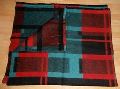 vintage blanket with label MANTA product