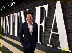 Orlando Bloom Looks Dapper for Vanity Fair's Oscars 2015 Party