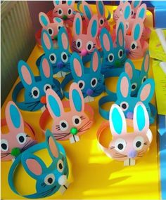 15 Brilliant and Clever Ideas Easter Crafts for Kids www. - 15 Brilliant and Clever Ideas Easter Crafts for Kids www. Headband Crafts, Hat Crafts, Bunny Crafts, Crafts To Do, Decor Crafts, Rabbit Crafts, Easter Crafts For Toddlers, Easter Crafts For Kids, Toddler Crafts