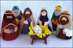 Nativity Felt Set - Patterns and Instructions for purchase Nativity Crafts, Christmas Nativity, Noel Christmas, A Christmas Story, Christmas Ornaments, Christmas Patterns, Jesus Mary And Joseph, Christen, Felt Ornaments