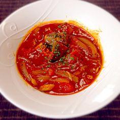 鯖の水煮缶とトマト缶で簡単にできるケイさんのレシピ作ってみました! 本当に、ビックリするくらい美味しいです(^^) しかも時間も10分足らずで完成 これがまた何とも素晴らしい  にんにく少し入れてみました。 カレールーは、カレーフレークを使いましたが、ちょっと入れすぎたかな…  ケイさん、素敵なレシピありがとうございます!またリピートします - 118件のもぐもぐ - ケイさんの料理 鯖の水煮缶とトマト缶のブイヤベース by jazzwine