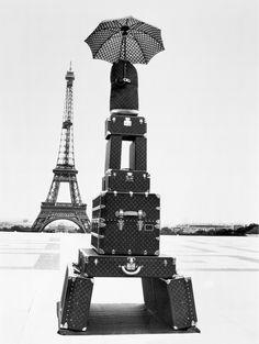 Louis Vuitton Eiffel Tower Paris France Love it. Crazy for Louis Vuitton. LV all the way. Louis Vuitton Paris, Louis Vuitton Trunk, Louis Vuitton Luggage, Lv Luggage, Vuitton Bag, Luxury Luggage, Torre Eiffel Paris, Rodney Smith, Paris 13
