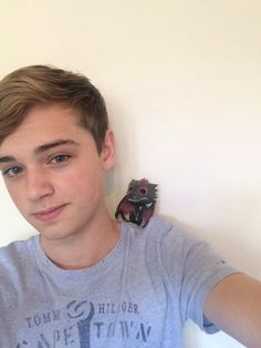 Dean Charles Chapman with a mini Drogon