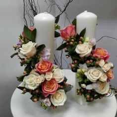 Lumanari nunta cilindrice trandafiri Sweet 16 Birthday, 16th Birthday, Unity Candle, Pillar Candles, Peacock Crafts, Candels, Arte Floral, Floral Arrangements, Wedding Flowers