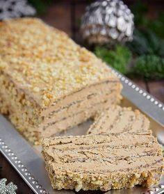 Ünnepi diós karamellel a tetején! Hungarian Desserts, Hungarian Recipes, Baking Recipes, Cookie Recipes, Dessert Recipes, Healthy Cake, Healthy Sweets, Delicious Desserts, Yummy Food