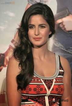 Katrina Kaif Latest Pictures 4 - Indian Cinema Photo Gallery  IMAGES, GIF, ANIMATED GIF, WALLPAPER, STICKER FOR WHATSAPP & FACEBOOK