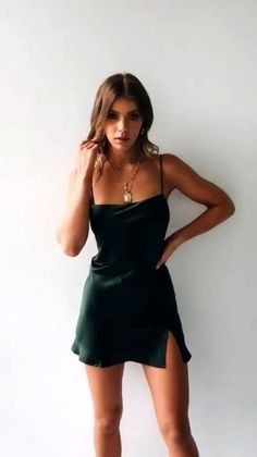 Short satin dress - Awesome Summer Style With Slip Dress – Short satin dress Hoco Dresses, Satin Dresses, Pretty Dresses, Dress Outfits, Fashion Dresses, Homecoming Dresses, Prom, Sexy Dresses, Women's Clothes