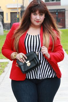 #curvygirl #chicadeapie #fashionblogger