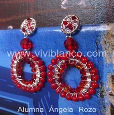 Aretes / Zarcillos tejidos de piedras semipreciosas y cristales de swarovski. Curso de Joyería de ViviBlanco.