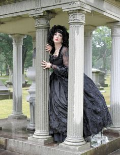 Your friendly neighborhood gothy designer playing pretty at Greenlawn Cemetery.   Photography by Laura Dark Photography   Makeup by Deanna Roberts of Makeup Vamp