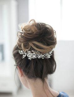 Peigne décoratif perlé