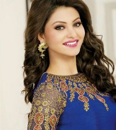 Urvashi Rautela is an Indian film actress and model who predominantly works in Hindi films. Rautela was crowned Miss Diva - 2015 and represented India Beautiful Girl Indian, Beautiful Girl Image, Most Beautiful Indian Actress, Beautiful Gorgeous, Beautiful Women, Beautiful Bollywood Actress, Beautiful Actresses, Bollywood Celebrities, Bollywood Fashion