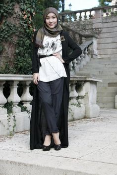 long cardi + tunic + loose pants