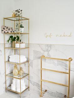 bathroom home decor house decoration luxury simple minimal white marble gold houseplants is part of Gold bathroom - bathroom decor Gold Bad, Bathroom Interior Design, Gold Interior, Interior Livingroom, Interior Modern, Modern Luxury, Bathroom Inspiration, Bathroom Ideas, Bathroom Storage