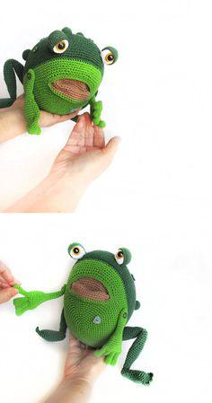 Crocheted  frog  Pattern Amigurumi PDF green toad by PetsLair