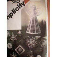Simplicity 5180 Pattern ... Crocheted Christmas Ornaments and Tree Top-One Size ... Step by Step instructions and Tissue guides for blocking also included