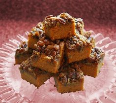 This is something we can all be sure will get rave reviews:Pumpkin Betty Bars.