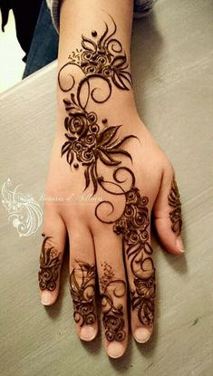 Hina, hina or of any other mehandi designs you want to for your or any other all designs you can see on this page. modern, and mehndi designs Henna Hand Designs, Mehandi Designs, Mehndi Designs Finger, Arabic Henna Designs, Modern Mehndi Designs, Mehndi Designs For Girls, Mehndi Design Pictures, Mehndi Designs For Fingers, Henna Tattoo Designs