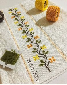 1 million+ Stunning Free Images to Use Anywhere Cat Cross Stitches, Easy Cross Stitch Patterns, Cross Stitch Borders, Simple Cross Stitch, Cross Stitch Rose, Bead Loom Patterns, Modern Cross Stitch, Cross Stitch Designs, Crewel Embroidery