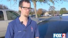 Texas police officer gives man $100 along with ticket.  copgooddeed.jpg