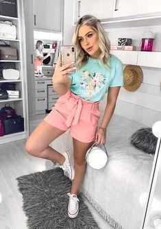 15 looks para quem ama t-shirt - Guita Moda Shorts Outfits Women, Short Outfits, Cool Outfits, Summer Outfits, Casual Outfits, Fashion Outfits, Look Con Short, Short Shirts, Casual Looks
