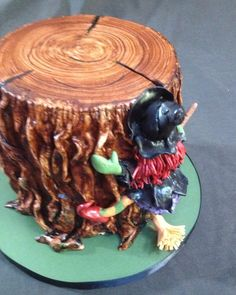 Halloween Witch ~ Tree Stump Crash Cake