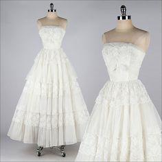 vintage 1950s dress . white chiffon lace . strapless princess wedding . 3676