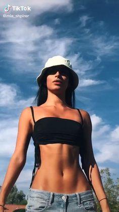 Skinny Girl Body, Skinny Girls, Summer Body Goals, Goal Body, Fitness Inspiration Body, Bikini Outfits, Mode Streetwear, Body Motivation, Bikini Pictures