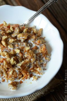 This Carrot Cake Oatmeal is a great recipe to help you get your vegetables in early! Dessert for breakfast, anyone? Special days require cake for breakfast, like birthdays or holidays. Other days (...