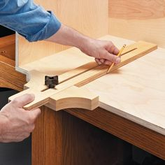 Build an Adjustable Square | Woodsmith Tips