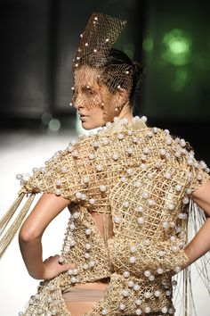 I can send all photos and make a review of a Brazilian fashion show in 1 hour. #Hourlie on #PeoplePerHour.