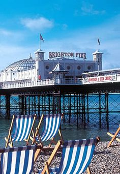 We try to get to Brighton as often as possible, and no matter what those lovely lanes have to offer I insist we must win a teddy on the pier before I can relax and enjoy the real Brighton. ;o)