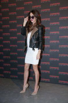 Ariadne Artiles. Carrera Ignition Night #2. Matadero de Madrid. 20 de marzo'13. Foto: Globally High Heel Pumps, Pumps Heels, Sexy Legs, Girl Crushes, Short Skirts, Hosiery, Formal Dresses, Chic, Lady