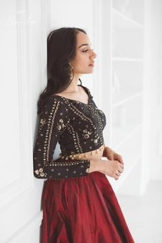 All blouses poppy lane Full Sleeves Blouse Designs, Black Blouse Designs, Sari Blouse Designs, Nikko Hurtado, Choli Designs, Lehenga Designs, Ethnic Outfits, Indian Outfits, Tribal Arm
