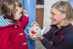 BBC Radio 2 DJ Sara Cox meets Teapot Trust Founder | Famous Publicity