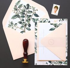 Ainlsey Wedding Invitation & Correspondence Set / Botanical