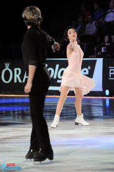 2014 Olympic Gold Medalists Meryl Davis & Charlie White perform at the 2014 Pandora Unforgettable Moments of Love on Ice show. Photo taken on December 20, 2014, at Mandalay Bay Resort and Casino in Las Vegas.