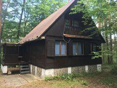 Chata Máchovka - Chalupy k pronájmu v Doksy Cabin, House Styles, Home Decor, Chalets, Decoration Home, Room Decor, Cabins, Cottage, Home Interior Design