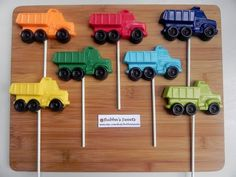 Hey, I found this really awesome Etsy listing at https://www.etsy.com/listing/123443967/dump-truck-chocolate-pops-construction