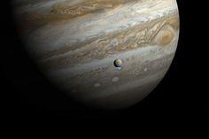 OVNI Hoje!As ondas de rádio provenientes de Júpiter podem auxiliar na procura por vida extraterrestre » OVNI Hoje!.  Júpiter, com uma de suas luas, Europa.