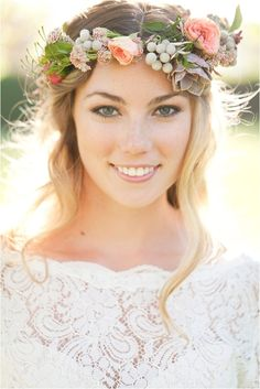 10 Lovely Wedding Headpiece Ideas To Make you a Beautiful Bride ...