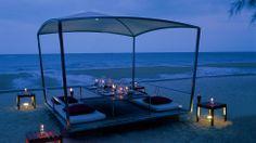 Eat in the dark on the beach! The Hotel Cha-Am, Phetchaburi, Thailand #SunSandSea