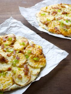 Loaded Baked Potato Pizza FoodBlogs.com