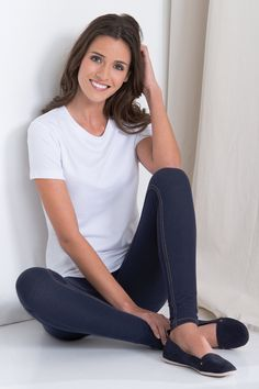 Pajama Jeans jeggings promise a naturally toning, feel-good fit. Designed to live in. Casual Attire, Casual Wear, Casual Outfits, Cute Outfits, Fashion Outfits, Spring Summer Fashion, Spring Outfits, 22 Birthday, Cruise Fashion
