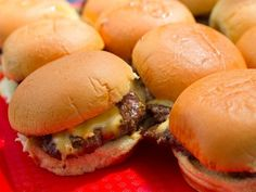 The Burger Lab: The In-N-Out, Telway, White Manna Ultimate Animal-Style Slider Mashup